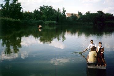 Csónakázás a Kórógy-tavon (Fotó: Farkas Tibor)